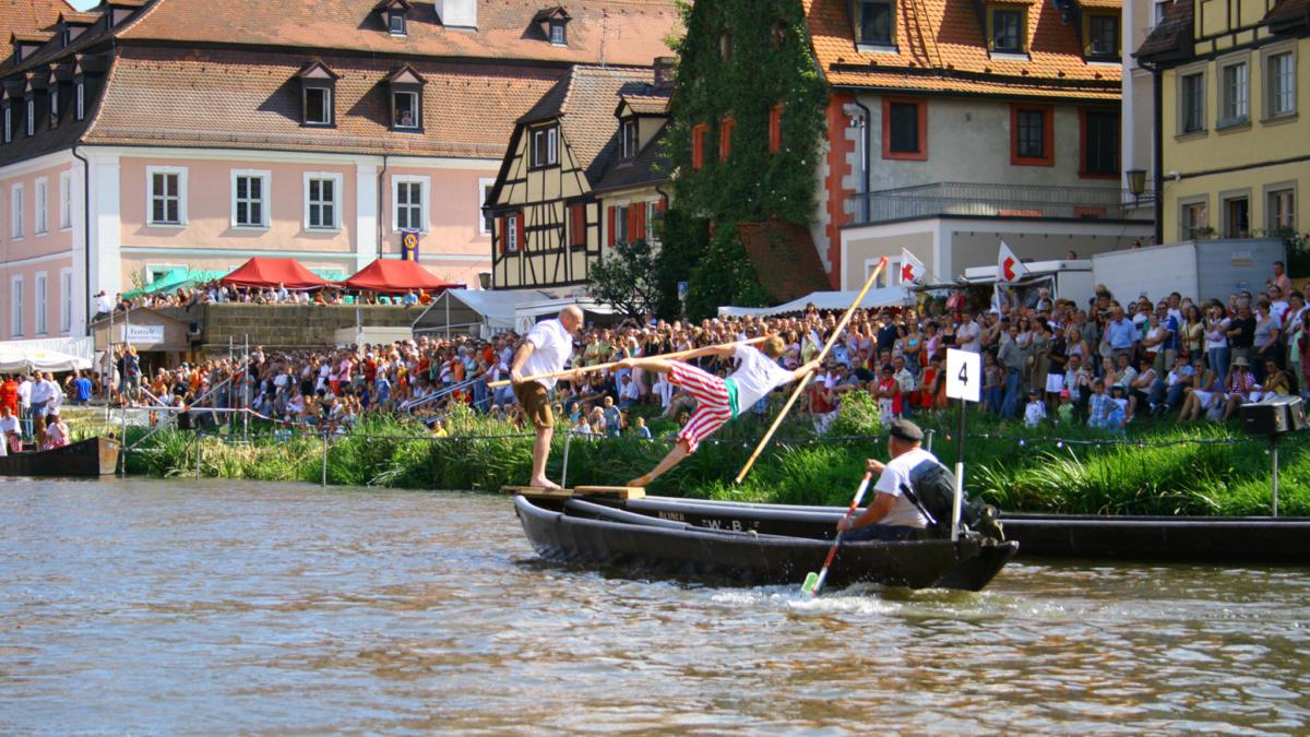 Fischerstechen auf der Regnitz